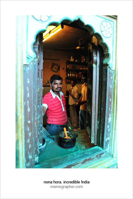 A Cook. Jharokha Restaurant. Hotel Haveli. Blue City, Jodhpur, Rajasthan, India.