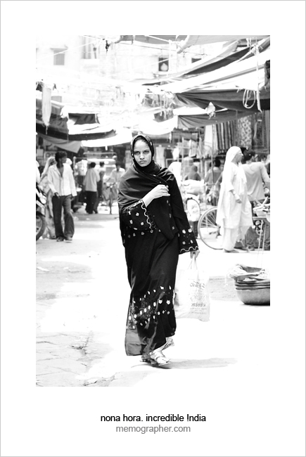 Shopping Rajasthani Woman. Clock Tower Bazaar. Jodhpur, Rajasthan, India.