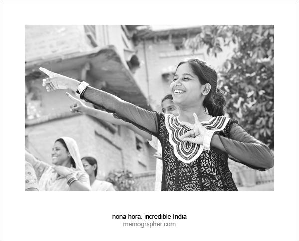Dancing Women and Girls. Sambhali Trust, Jodhpur, Rajasthan, India