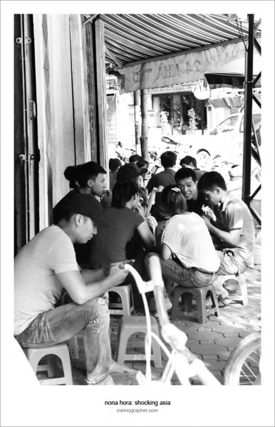 Sidewalk Cafe. Hanoi Old Quarter, Vietnam