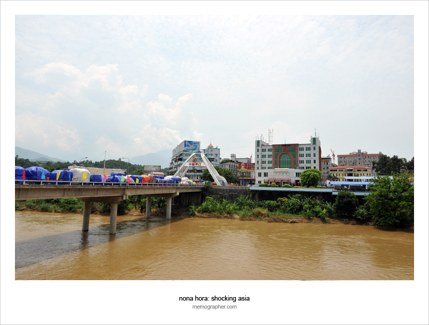 Lao Cai's Red River border with China