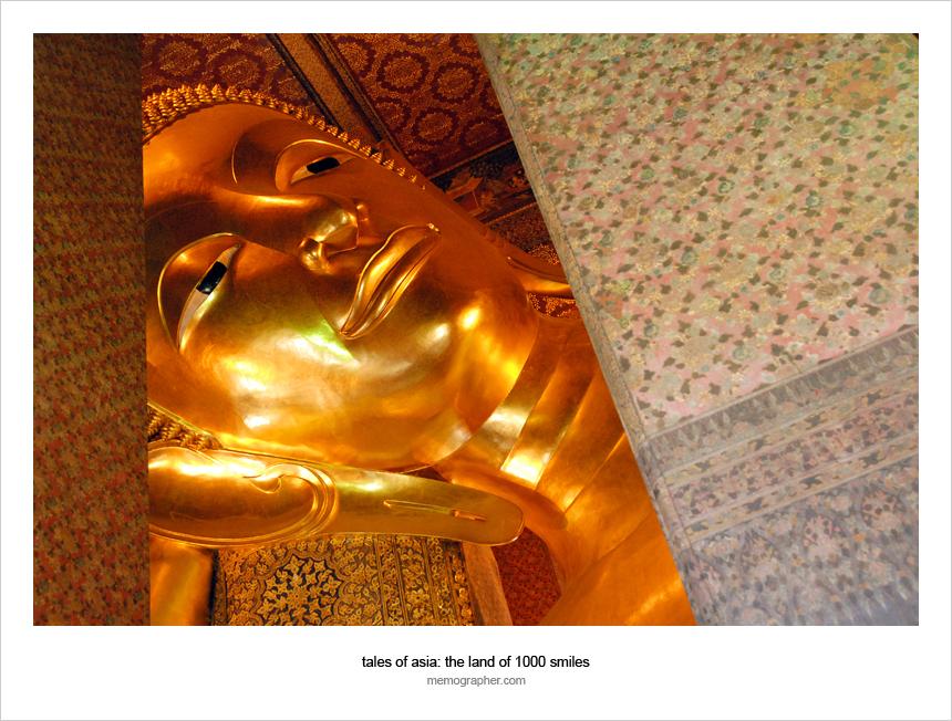 Reclining Buddha at Wat Pho. Bangkok, Thailand