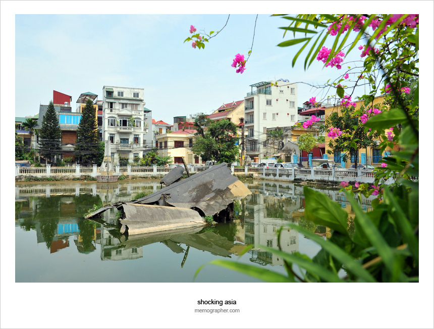 US B-52 bomber in a Hanoi Hun Tiep Lake
