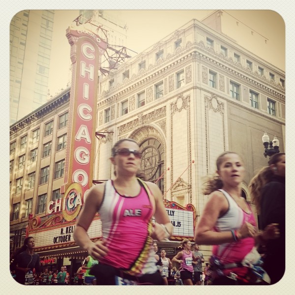 The Chicago Theater on The Chicago Marathon Course